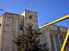 демонтаж герба Украины в Крыму