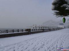 снег в Судаке, зима Крым Судак