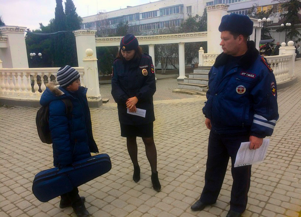 беседа полиции с подростком